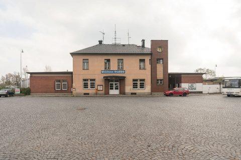 Autobusové nádraží Mnichovo Hradiště